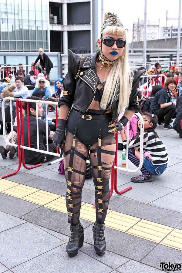 Lady Gaga Fan Fashion in Japan (40)