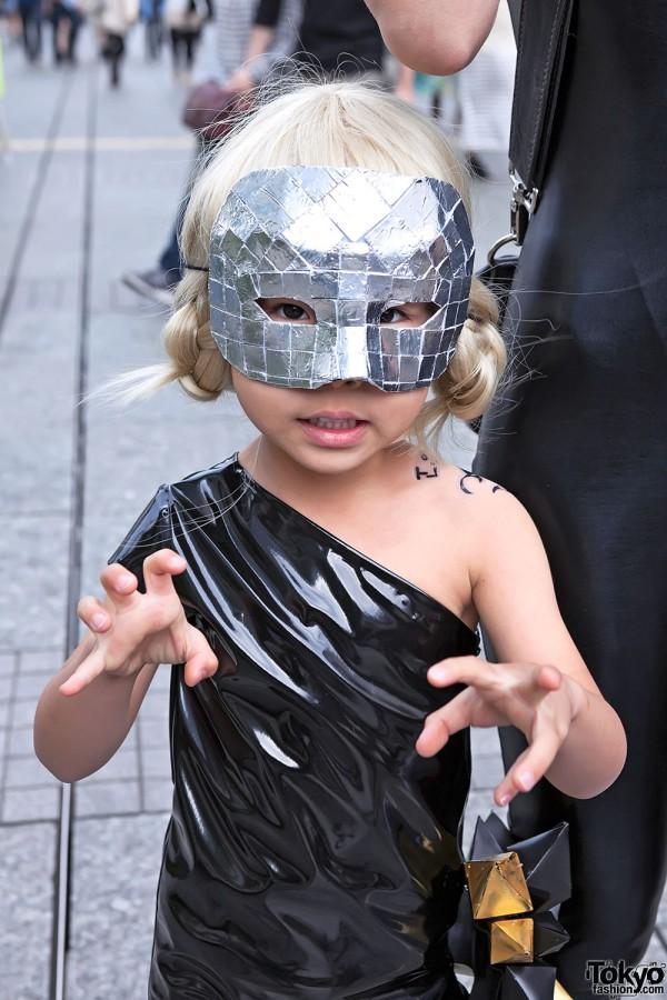 Lady Gaga Fan Fashion in Japan (79)