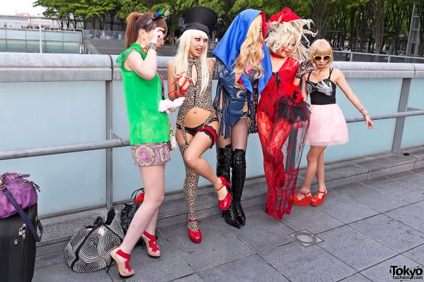 Lady Gaga Fan Fashion in Japan (90)