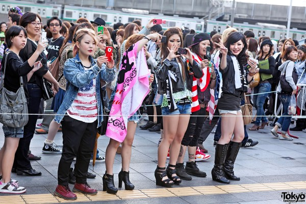 Lady Gaga Fan Fashion in Japan (92)