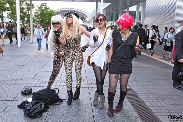 Lady Gaga Fan Fashion in Japan (142)