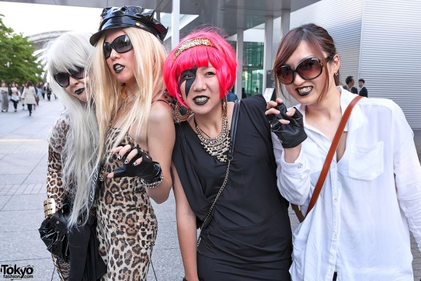 Lady Gaga Fan Fashion in Japan (143)