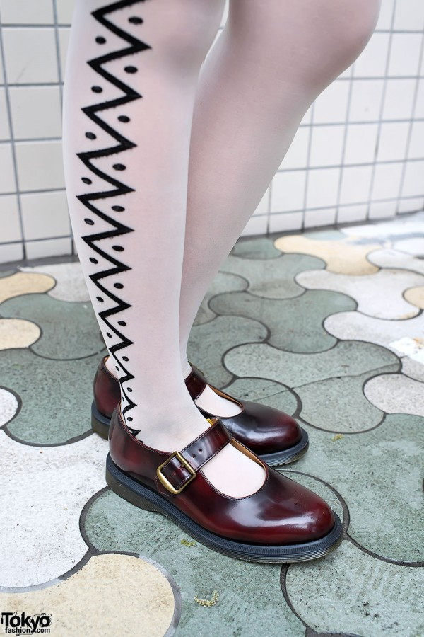 Graphic Tights & Mary Janes in Harajuku