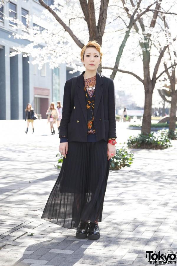 Bunka Fashion College Student in Shinjuku