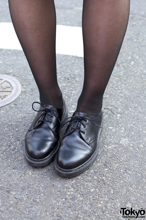 Black tights & Dr. Martens oxford shoes