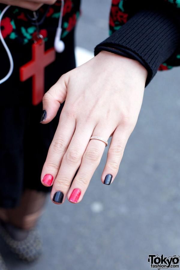 Japanese Nail Art & Ring in Harajuku