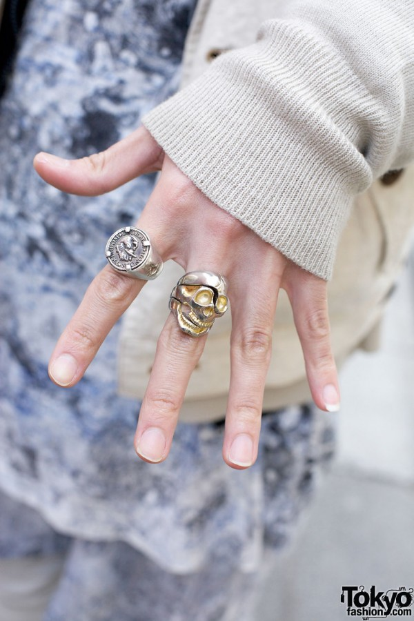 Skull ring & signet ring in Harajuku