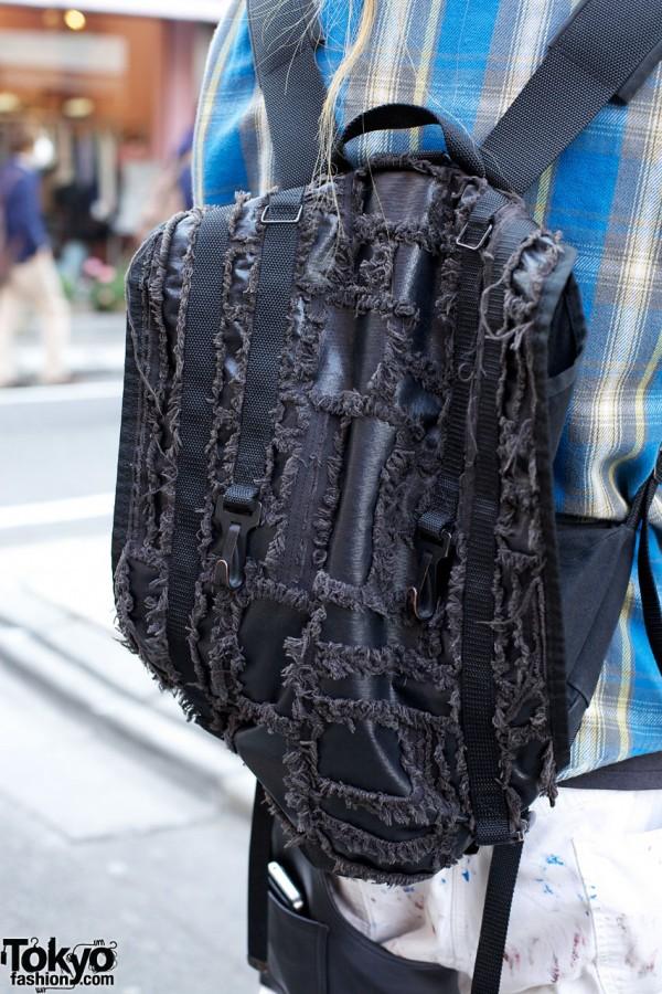 Backpack w/ shredded cotton decoration