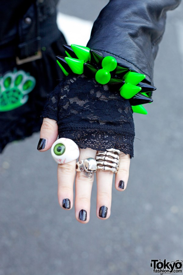 Eyeball & Skull Rings & Spike Bracelet