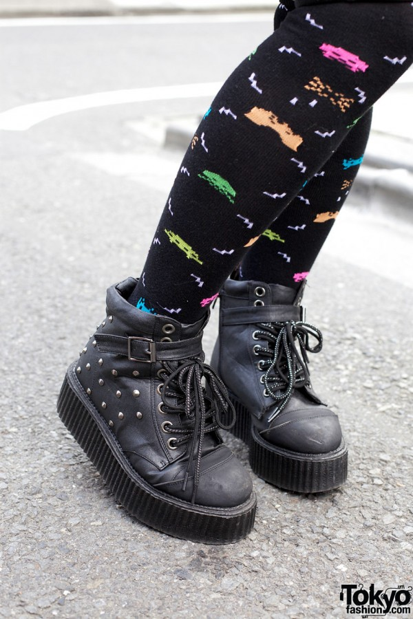 Listen Flavor boots & graphic knee socks
