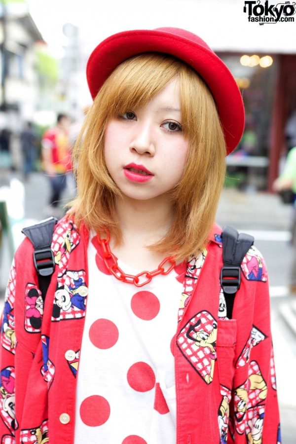 Red hat & polka dot top in Harajuku