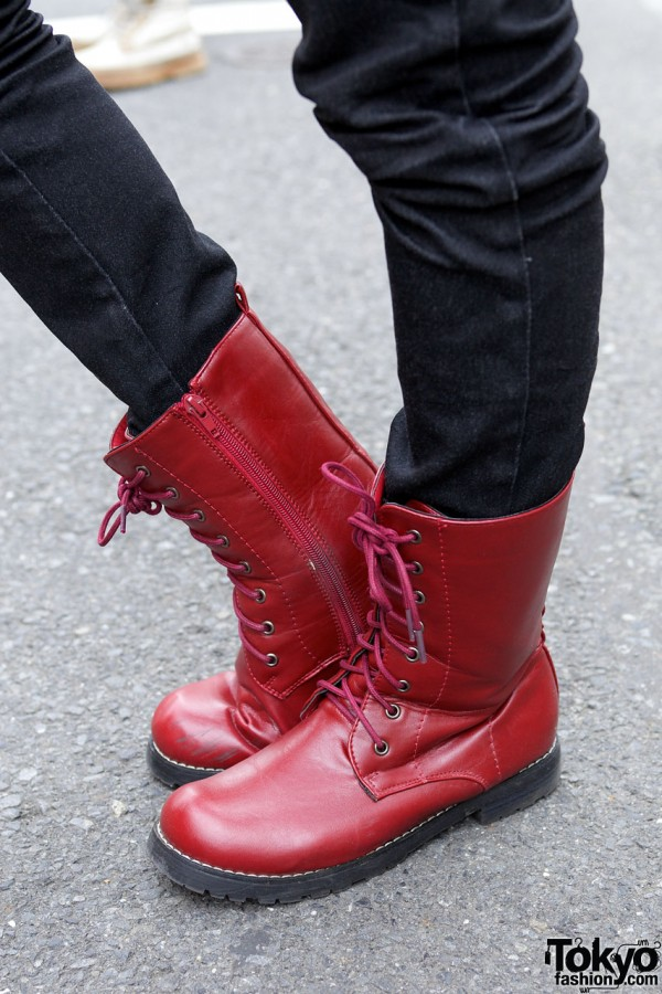 Gilfy Skinny Jeans & Red Boots