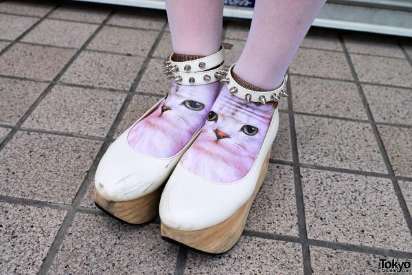 Cat Socks & Rocking Horse Shoes