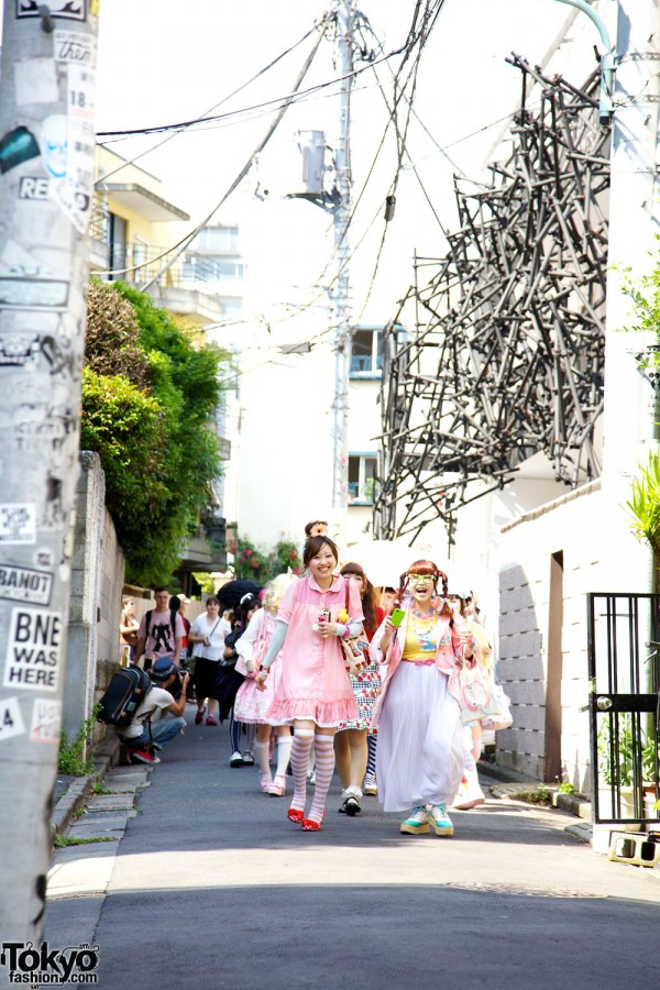 Harajuku Fashion Walk #10 (38)