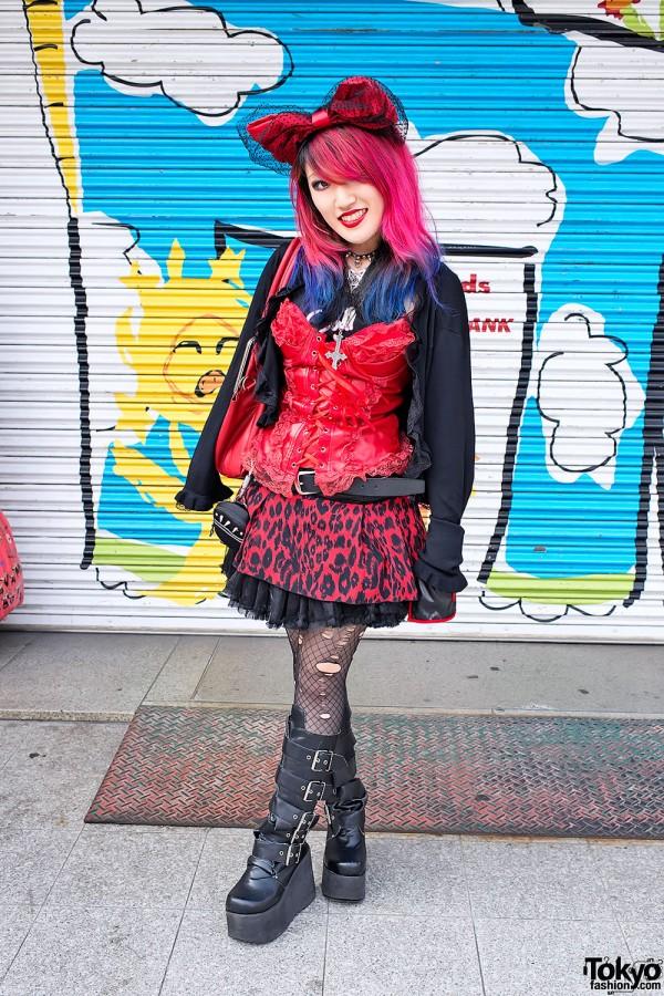 Lisa's Pink & Blue Hair, Bustier & Demonia Boots in Harajuku