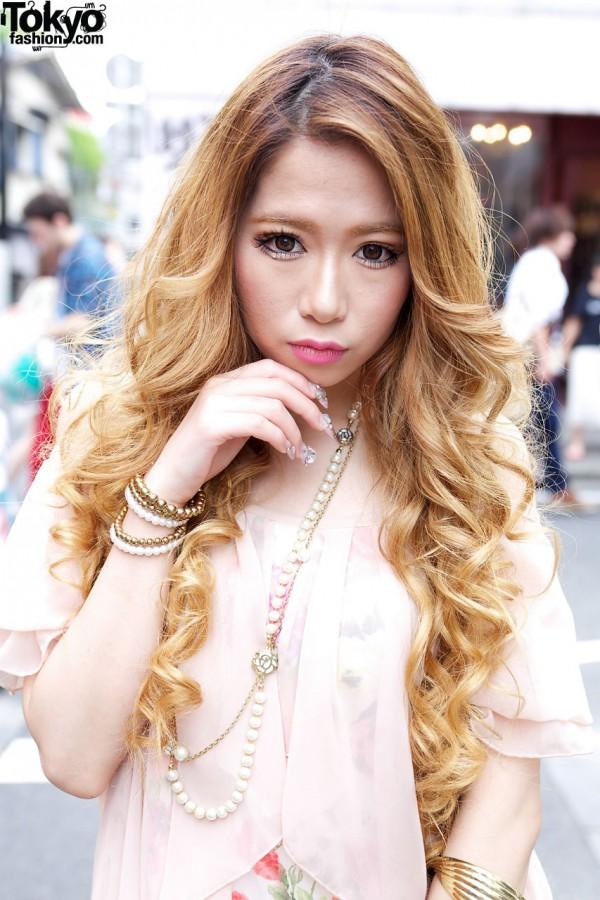Gyaru Model in Sheer Top in Tokyo