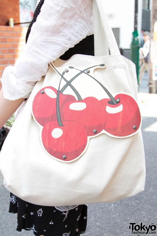 Bag w/ cherries from Bunkaya Zakkaten