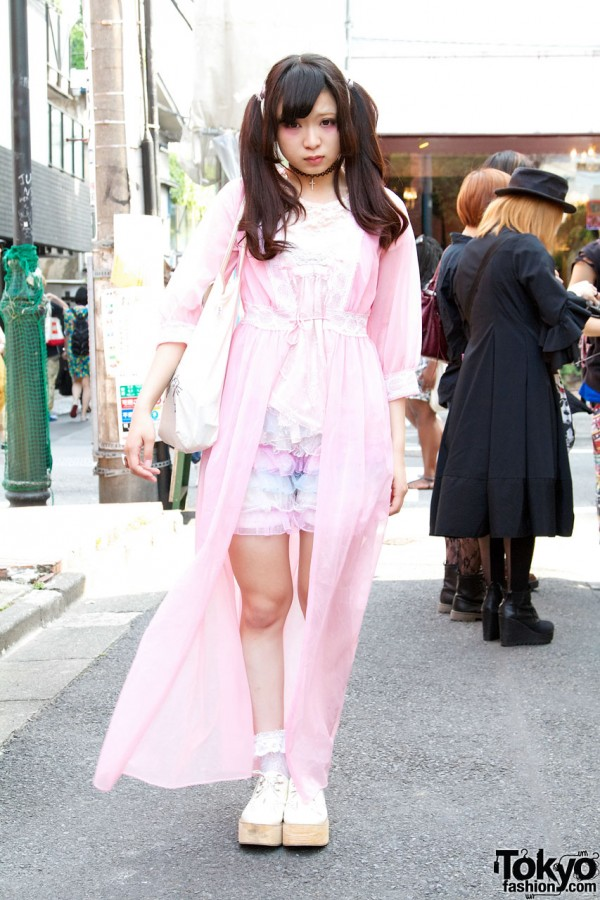 Spinns Chiffon Robe & Chicago Lace Bloomers