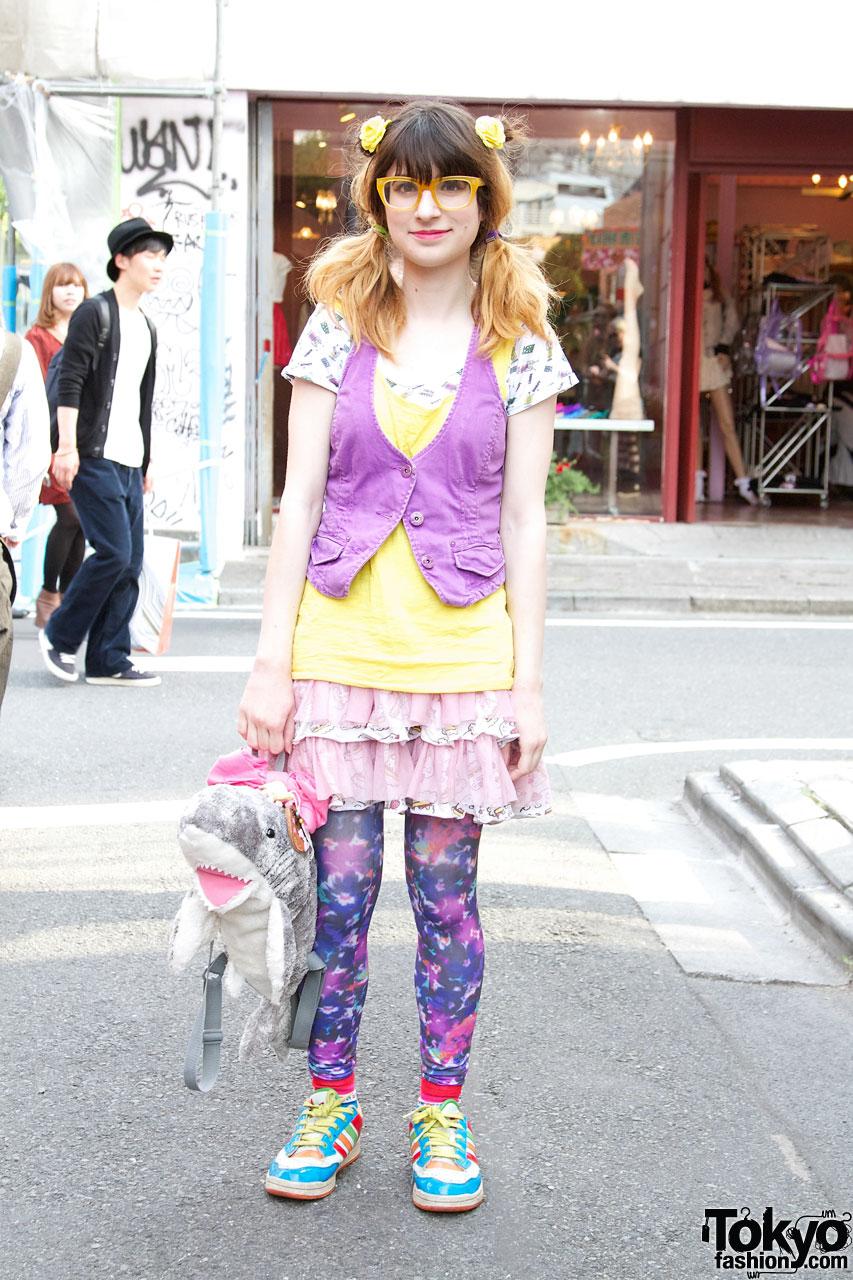 http://tokyofashion.com/wp-content/uploads/2012/06/TK-2012-05-19-011-001-Harajuku.jpg