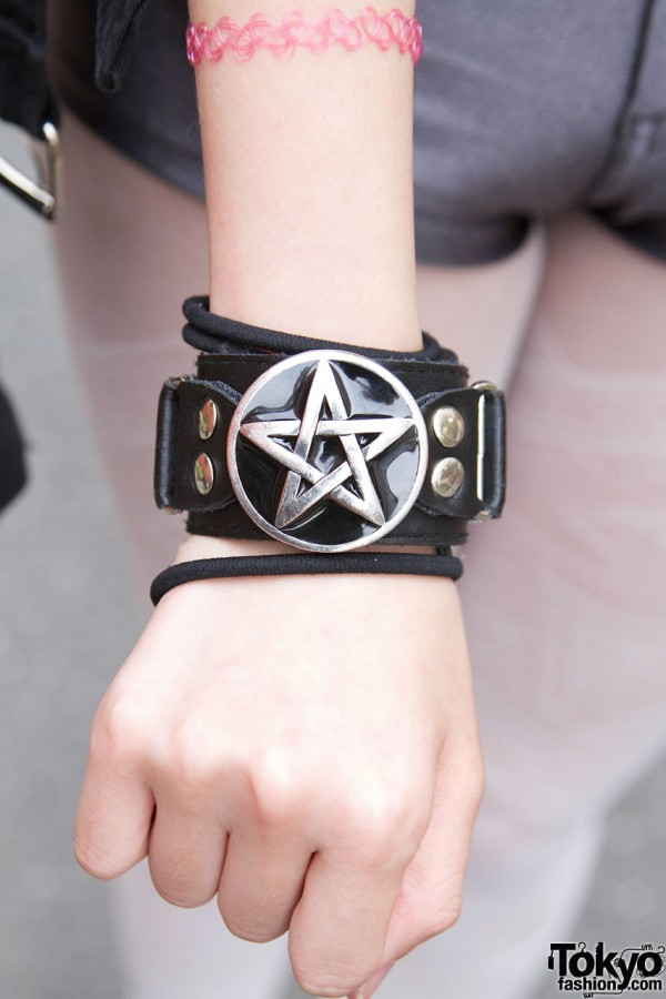 Leather Star Bracelet in Harajuku