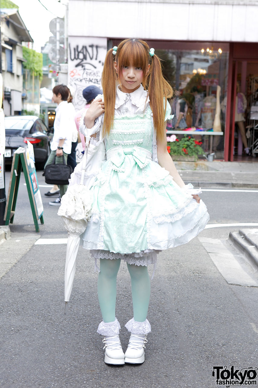 Harajuku Lolita in h.NAOTO Frill