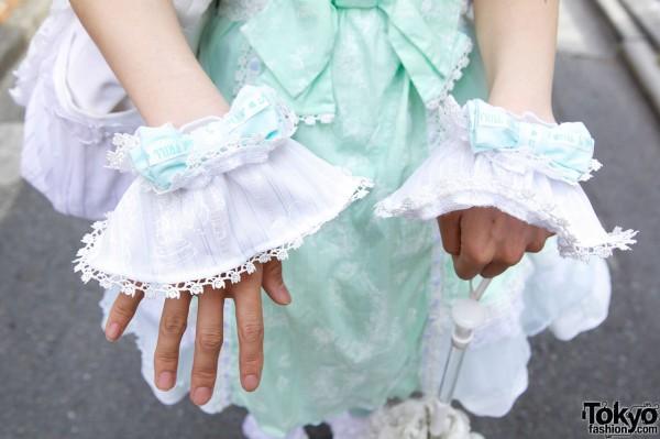 Lolita Osodetome Wrist Cuffs in Harajuku