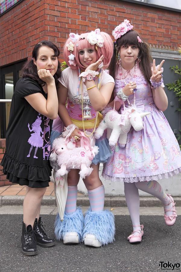 Harajuku Fashion Walk Street Snaps 11 (12)