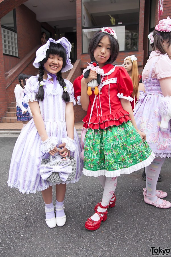 Harajuku Fashion Walk Street Snaps 11 (51)
