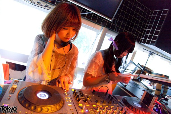 Heavy Pop Summer 2012 – Japanese Fashion, Music & Fun Party Pictures
