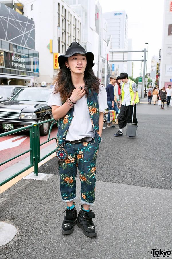 Li Lium in Flower Print Vest & Pants in Harajuku