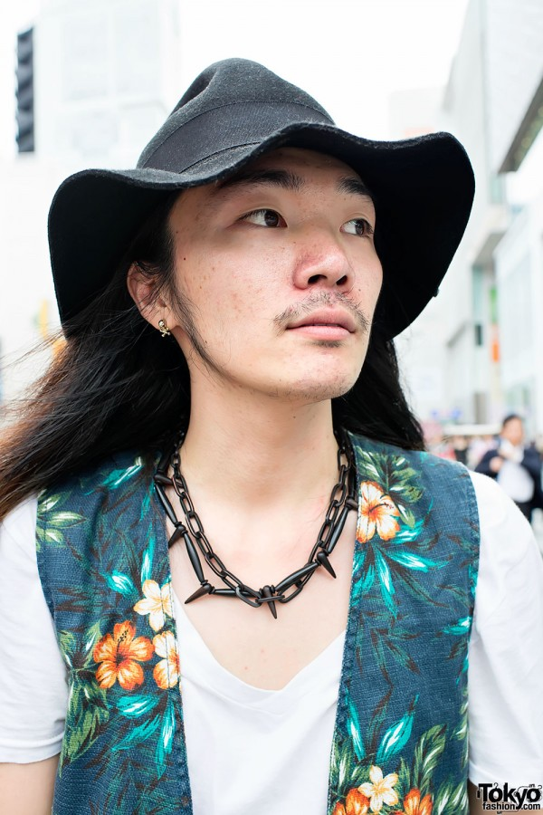 Spike Necklace in Harajuku