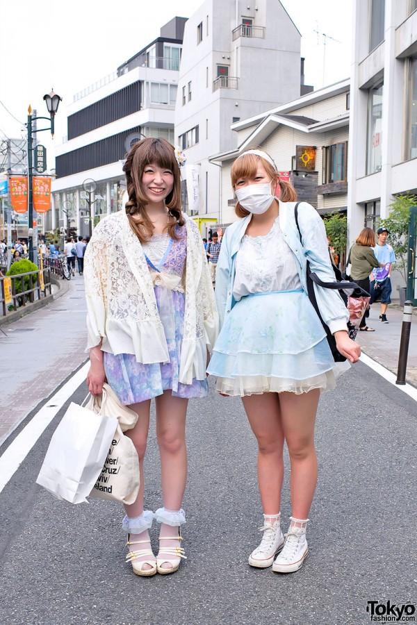 Cat Street Girls w/ Chucks, Cross Necklace & Nadia Harajuku Bag