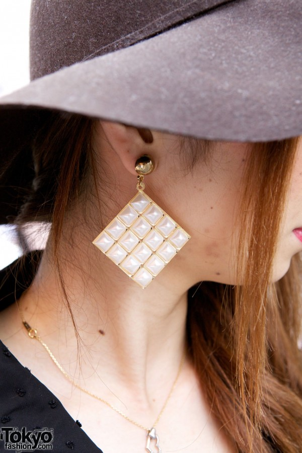 ANAP mother-of-pearl earrings