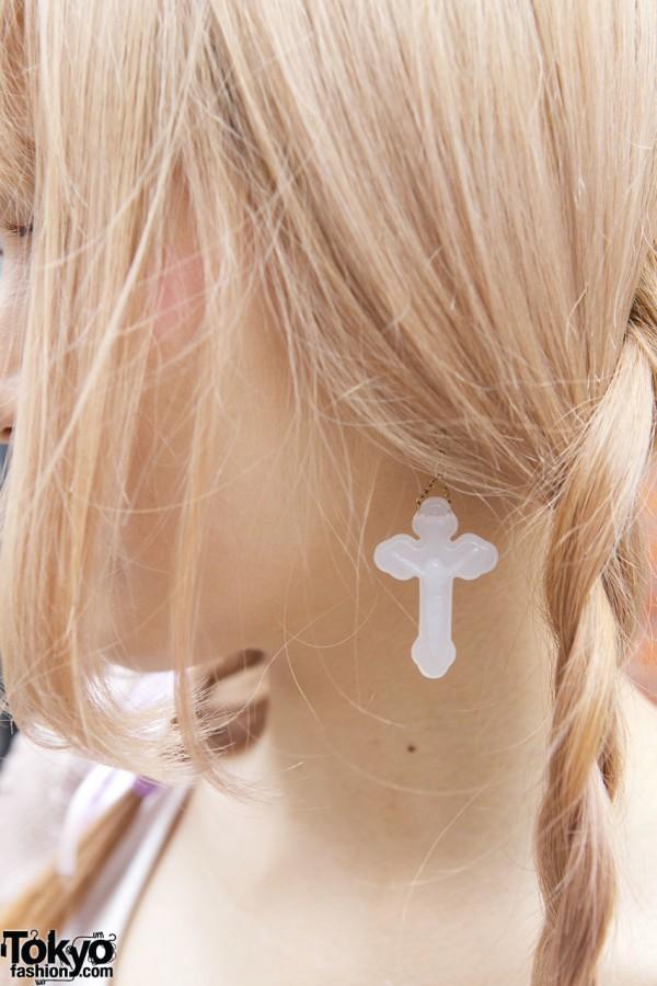 Nadia crucifix earring