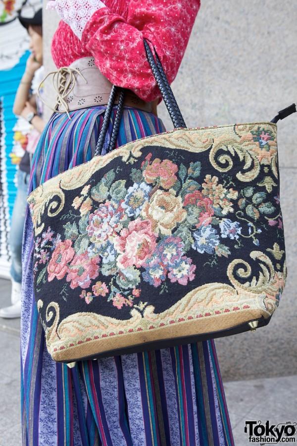 Vintage tapestry bag in Harajuku