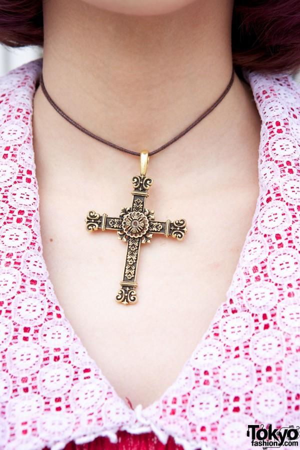 Handmade choker with large cross