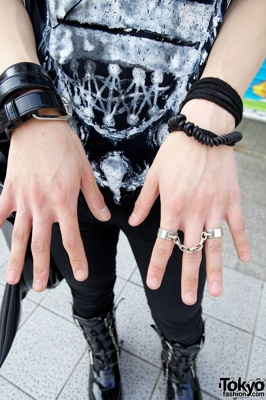 Indie Japanese Designer S Dark Look W Hair Falls Amp Spike