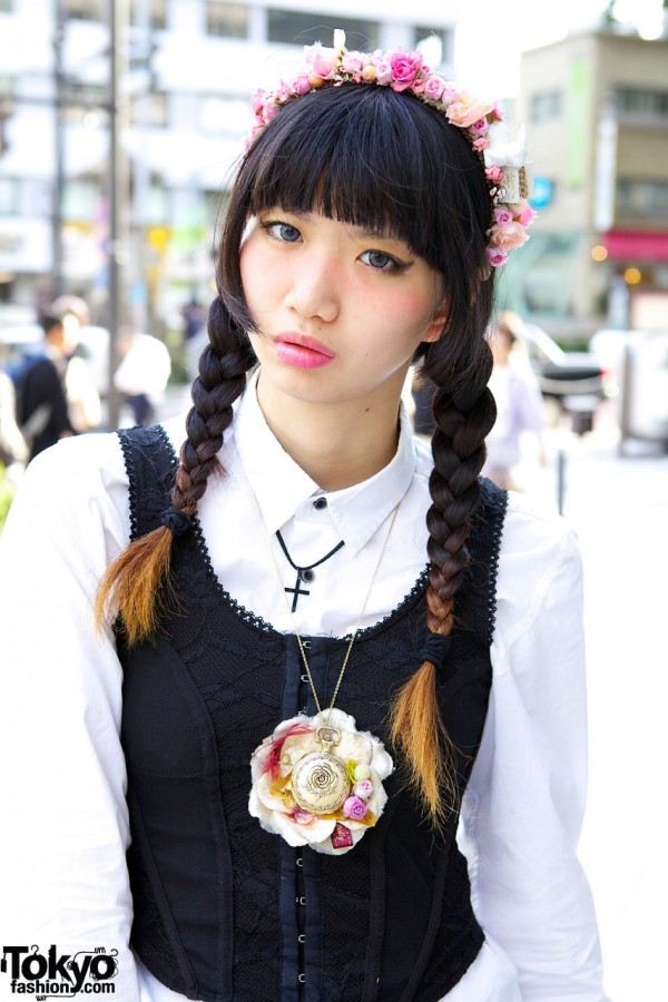 Corset Vest & Japanese Braids Hairstyle