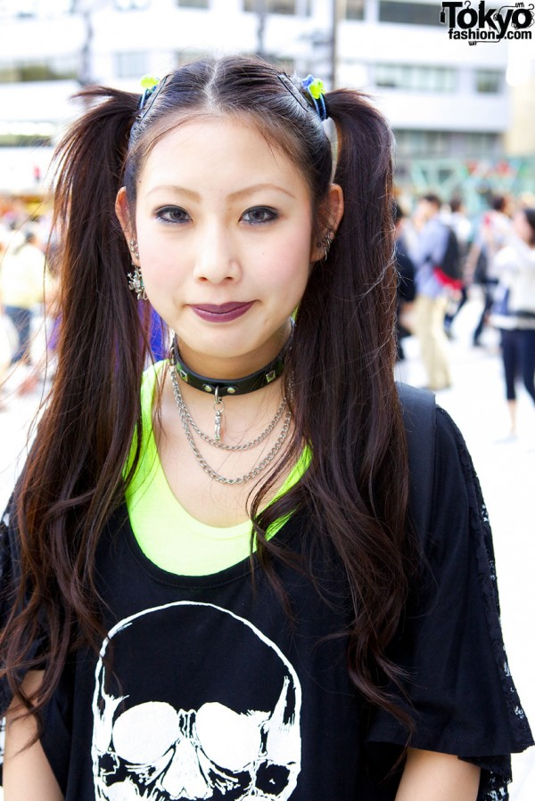 Goth girl's choker & long twin ponytails