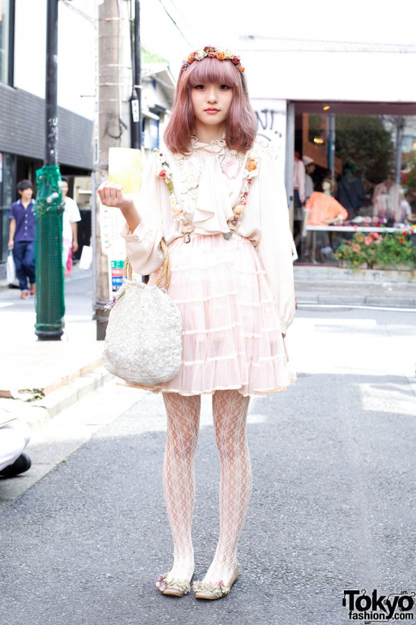 Yukinko's Handmade Flowered Suspenders, Katyusha & Shoes