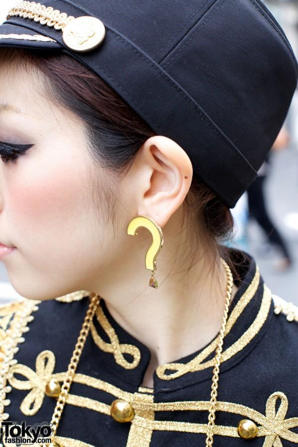 Question Mark Earring in Harajuku