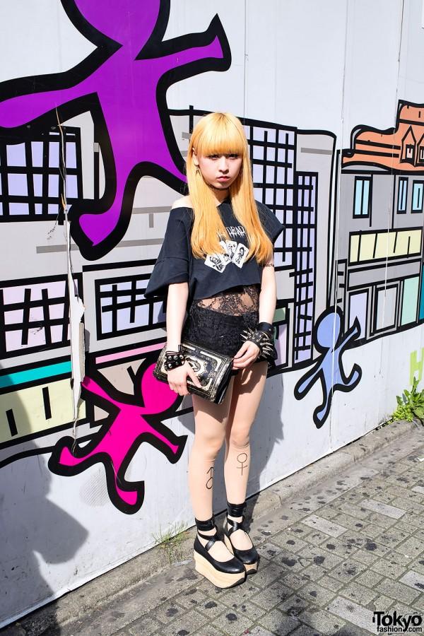 Aoi on Takeshita Dori w/ Half Shirt, Tattoo Tights & Rocking Horse Shoes