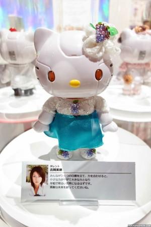 Kittyrobot x Hello Kitty (100)