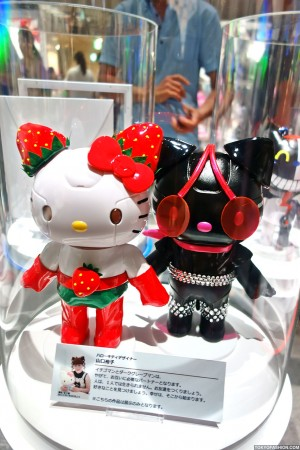 Kittyrobot x Hello Kitty (108)