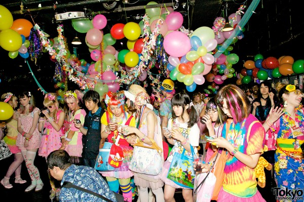 Pop N Cute #3 – Summer-themed Harajuku Fashion Party Pictures & Video