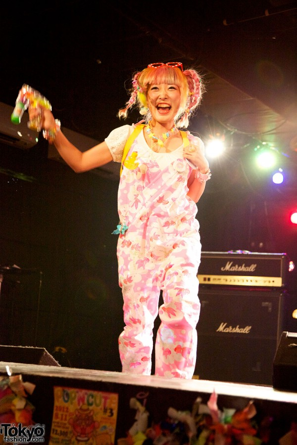 Harajuku Fashion Party Pop N Cute #3 (104)