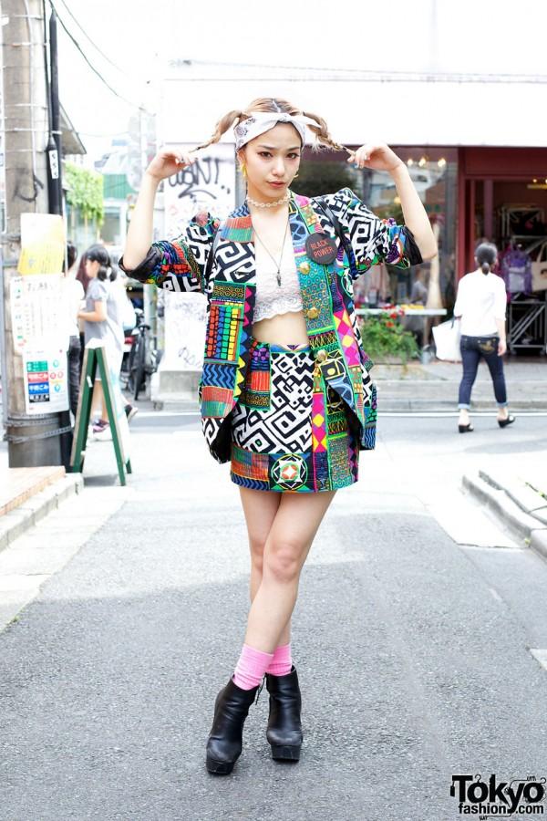 Japanese Model Una w/ Vintage Fashion & Cute Hairstyle in Harajuku
