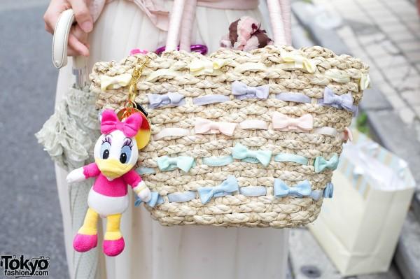 Gelato Pique straw handbag w/ Daisy Duck