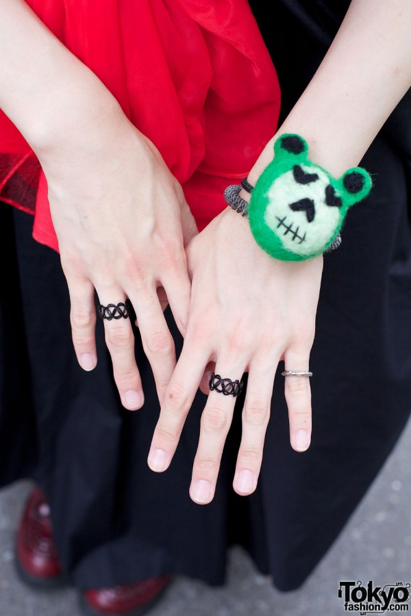 Tattoo rings & felt animal head bracelet