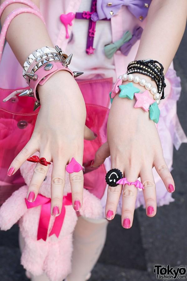 Plastic jewelry from Monomania